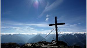 cross-on-mount-rastkogel-austria-304415